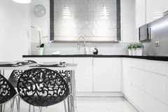 Elegant contemporary kitchen interior Royalty Free Stock Photo