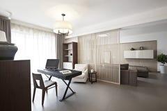 Elegant en comfortabel huisbinnenland Stock Foto