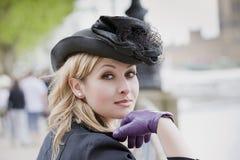 elegant hattkvinna Fotografering för Bildbyråer