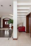 Elegant huis - treden stock foto