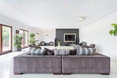 Elegant living room Royalty Free Stock Images