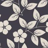 Elegant naadloos patroon met bloemen en bladeren op purpere backg Stock Foto