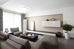 Elegant och bekväm hemmiljö arkivbilder