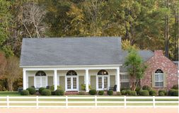 Elegant ranch style home in a country setting Stock Photos