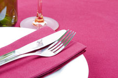 Elegant red and white place setting Stock Photography
