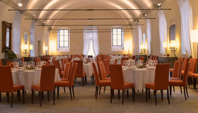 Elegant restaurant. Empty tables in a posh restaurant, ready for customers Royalty Free Stock Images
