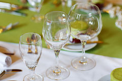 Elegant table set in lilac and green for wedding or event party Royalty Free Stock Images