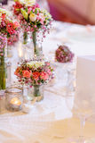 Elegant table set in soft pink for wedding Royalty Free Stock Images