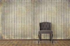 Elegant tappninginre med stol Arkivfoton