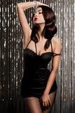 elegant trendig kvinna Arkivbilder