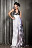 Elegant trendig kvinna Royaltyfri Foto