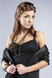 elegant trendig smyckenkvinna Fotografering för Bildbyråer
