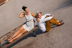Elegant trendy young couple Royalty Free Stock Photos