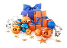 Eleganta blåa och orange julobjekt Royaltyfria Foton