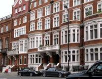 eleganta london townhouses royaltyfri foto