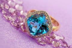 eleganta smycken royaltyfri fotografi