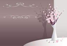 Elegante Achtergrond met bloemen in vaas en parels Stock Afbeeldingen
