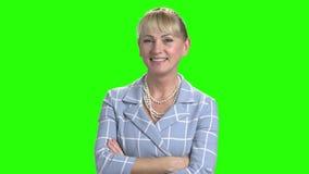 Elegante bedrijfsvrouw op het groene scherm stock videobeelden