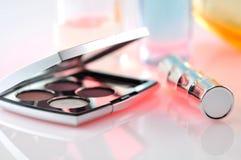 Elegante dekorative Kosmetik Lizenzfreie Stockfotos