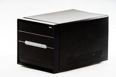 Elegante die computerdoos op wit wordt geïsoleerd Stock Afbeelding