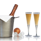 Elegante Fles Champagne voor de Partij van Nieuwjaren stock foto's