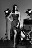 Elegante Frau mit klassischer Hollywood-Welle Lizenzfreie Stockfotos
