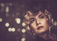 Elegante Frau mit schöner Frisur Lizenzfreie Stockfotos
