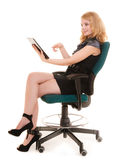Elegante Frau mit Tabletten-PC-Computerberührungsfläche Stockfotos