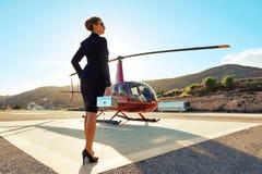 Elegante Geschäftsfrau Stockfotografie