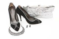 Elegante Handtasche und Schuhe für Frauen Lizenzfreies Stockfoto