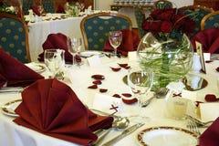 Elegante Hochzeitstabelle Stockfotografie