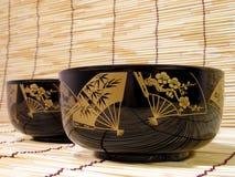 Elegante japanische Schüsseln Stockfotos