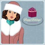 Elegante jonge en gelukkige vrouw in de winter, retro Kerstkaart Stock Afbeeldingen