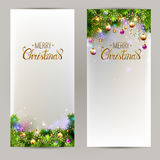 Elegante Kerstmisachtergronden met avondballen en sparrentakken stock illustratie