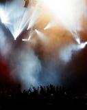 Elegante Leuchten am Konzert Stockbild
