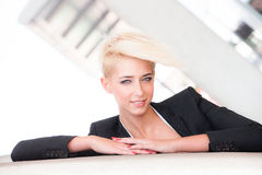 Elegante Stadtfrau Stockfotos