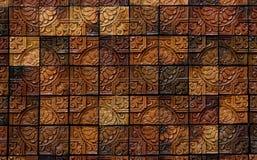 Elegante Steinwand vom kleinen Quadrat Stockfotos