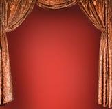 Elegante theater gouden gordijnen Stock Afbeelding