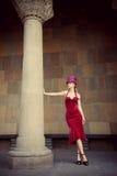 Elegante vrouw met cilinder Stock Afbeelding