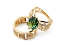 Elegante vrouwelijke juwelen twee ringen Stock Foto