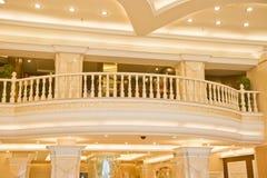 Eleganter Architektur-Innenraum stockbild