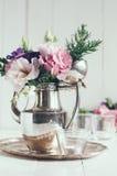 Eleganter Blumendekor Stockfoto