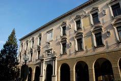 Elegantes Gebäude ist lokalisiertes im Stadtzentrum gelegenes Padua vor Rathaus in Venetien (Italien) Stockfotografie