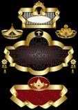 Elegantes goldenes Feld mit Mustern der Kronen auf a Stockfotografie
