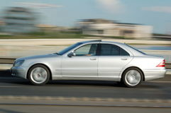 elegantt flytta sig för bil Royaltyfria Foton