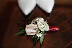 elegantt gifta sig för skor arkivbild