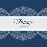 Elegantt kort med en blå bakgrund Royaltyfri Fotografi