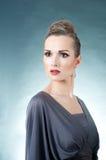 elegantt model stilfullt royaltyfri foto