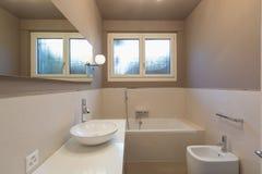 elegantt modernt för badrum arkivfoton