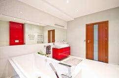 elegantt modernt för badrum royaltyfri bild